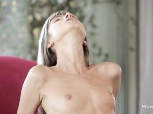 Petite Girl On Top For Big Cock Sex In Both Holes