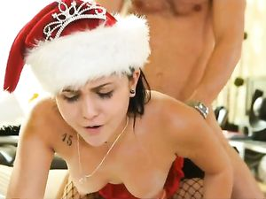 Christmas Fuck Of Lingerie Babe Ariana Marie