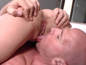 Hot Fuck And Facial For Dirty Dillion Harper
