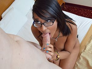 Shaved Pussy Of A Ebony Babe Getting Fucked